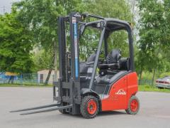 Fork loader of Linde H16T