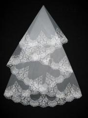 The veil embroidered 1,35kh1,35m 0013