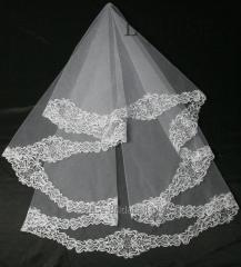 The veil embroidered 7-C