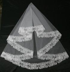 The veil embroidered 6-C