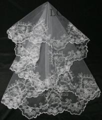 The veil embroidered 17-C