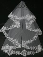 The veil embroidered 10-C
