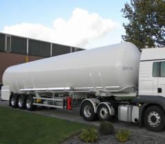 Transport cryogenic tanks