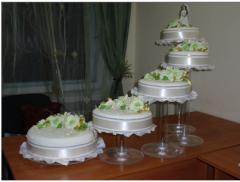 Торты бисквитные. Оформление столика тортов.