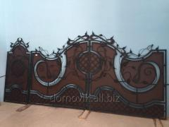 Hammered gates with a wicket, powder painting