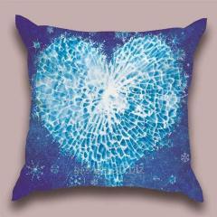 Design throw pillow Crystal heart, art.