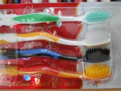 SET OF TOOTHBRUSHES WITH THE BAMBOO COAL DUSTING -