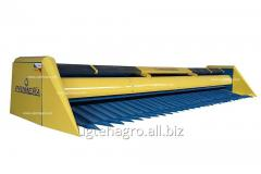 Harvester for cleaning of sunflower of