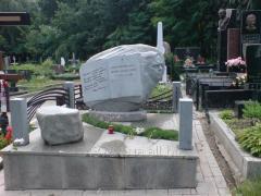 Монумент гранитный 010
