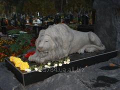 Monument granite Lev 12