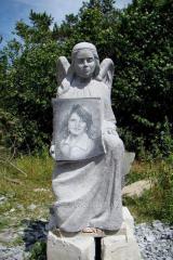 Monument granite 826
