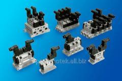 Distributor 5/2, 5/3 VS7-CNOMO