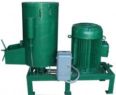 Equipment for production of polymeric products