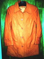Пальто , Франция. Новые. Цвет оранжевый. 70%