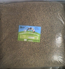 Compound feed for rabbits, young growth and adult