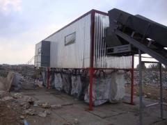 Mobile waste sorting complexes