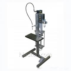 The liquid batcher with volume dispensing of