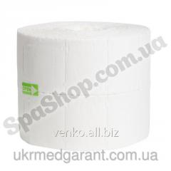 Cosmetic wipes in rolls