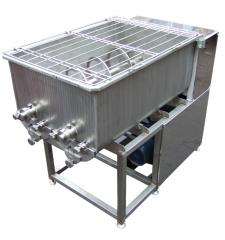 Mixers for production of curd pastes