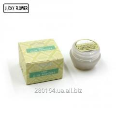 Cream remuver for removal of eyelashes of Lucky