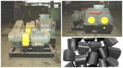 Equipment for briquetting of coal.