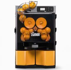 Automatic - the ZumeX Essential PRO juice
