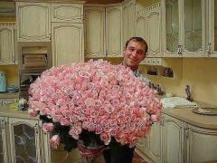 Bouquet of 365 roses