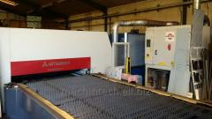 The machine for laser cutting of Mitsubishi LVP