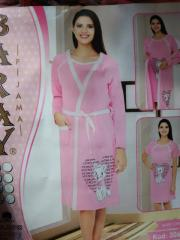 Night dress and dressing gown for pregnant women