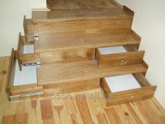 Современная лестница с выдвижными ящиками