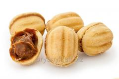 Cookies nutlets with condensed milk