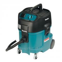 Makita 447L vacuum cleaner