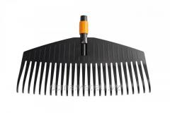 Rake for cleaning of leaves of Fiskars