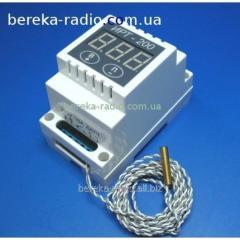Un_versalny temperature regulator of IRT-200 - 60
