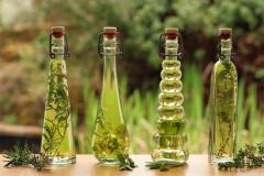 Oils with flower aroma