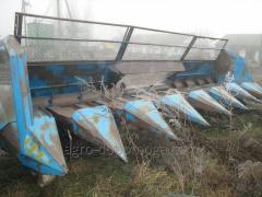 Harvester podsolnechnikovy PZS-8 on the combine