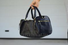 New black bag zara suitcase