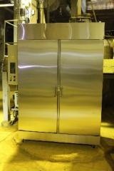 DRYING CABINETS FOR COMPOUND FEED