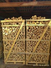 Dry chop wood.