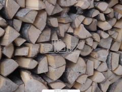 Firewood in nets dry on exports, on pallets