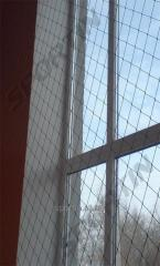 Mesh fencing and sports