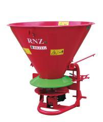 Новый рассеиватель минеральных удобрений RNZ