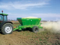 Hook-on spreader of RCW fertilizers