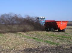 Spreader of PRO TWIN organic fertilizers