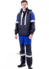 Suit of the oil industry worker summer