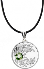 Август. Перидот. Серебряная монета-подвеска