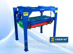 Magnetic separator for scrap