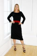 Dress black with an insert in color a Bordeaux