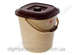 Bucket plastic square with a cover on 13,5 l