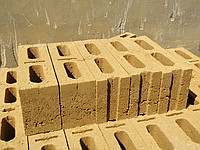 Slag blocks and tackles